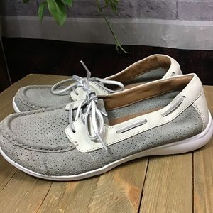 🌻SALE! 3/$20 Clarks Gray white loafer boat shoes